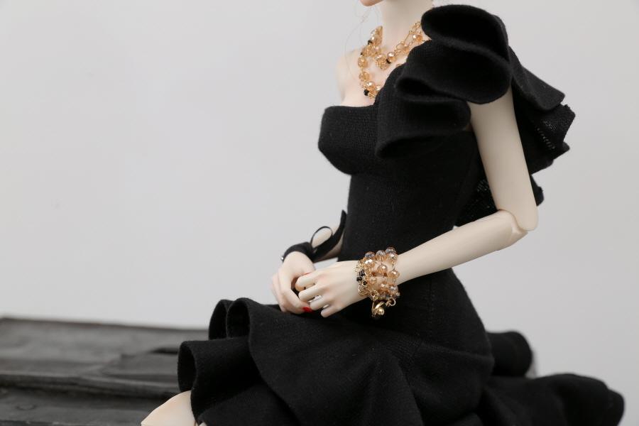 Black-Flamenco-Set_900600_02