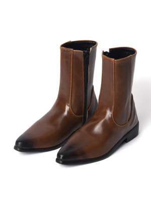Brown-Chelsea-Boots_558743_01