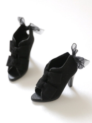 black-ribbon-bootie_359478-01