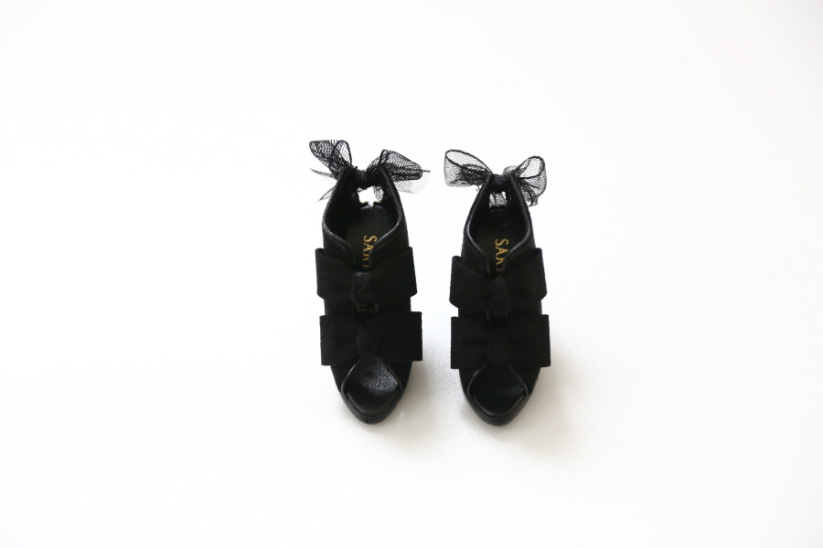 black-ribbon-bootie_900600-05