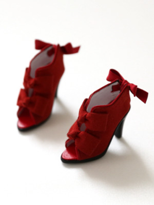red-ribbon-bootie_359478_01
