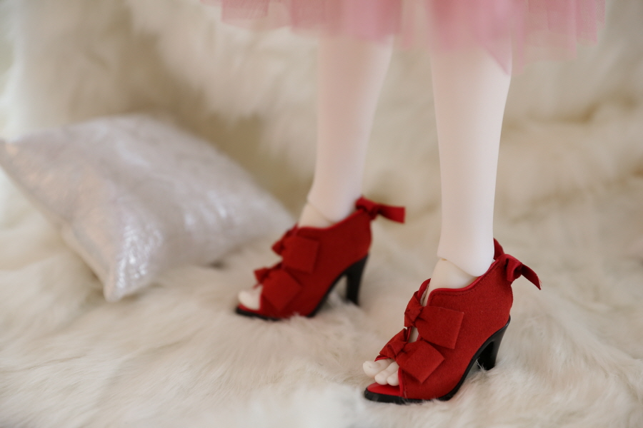 red-ribbon-bootie_900600_04