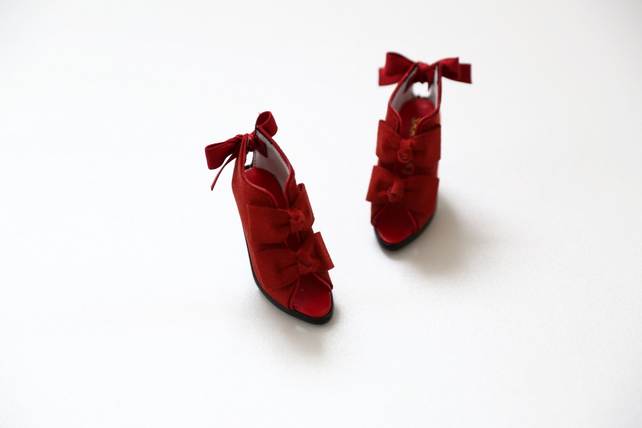 red-ribbon-bootie_900600_05