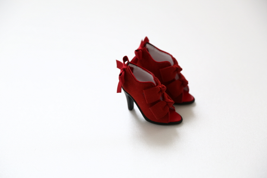 red-ribbon-bootie_900600_08
