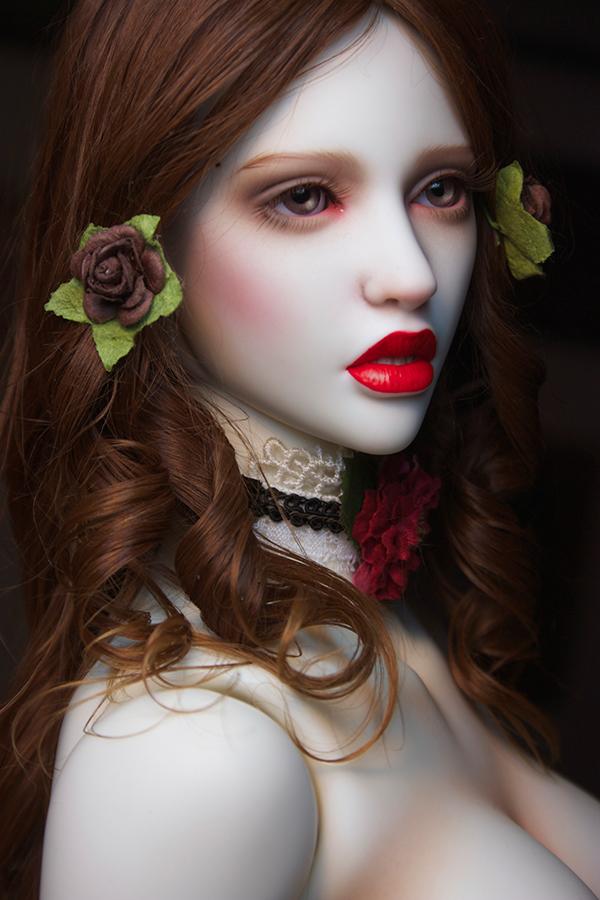 Amanda-Beauty_600900_03